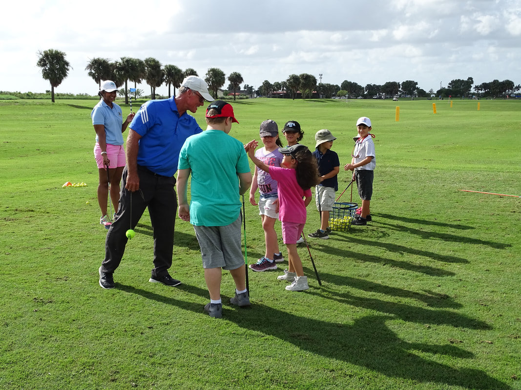 Glen Beaver teaching Homeschool Group Golf